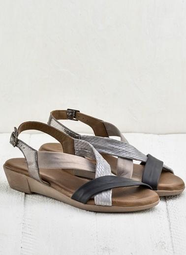 Elle Deri Sandalet Siyah
